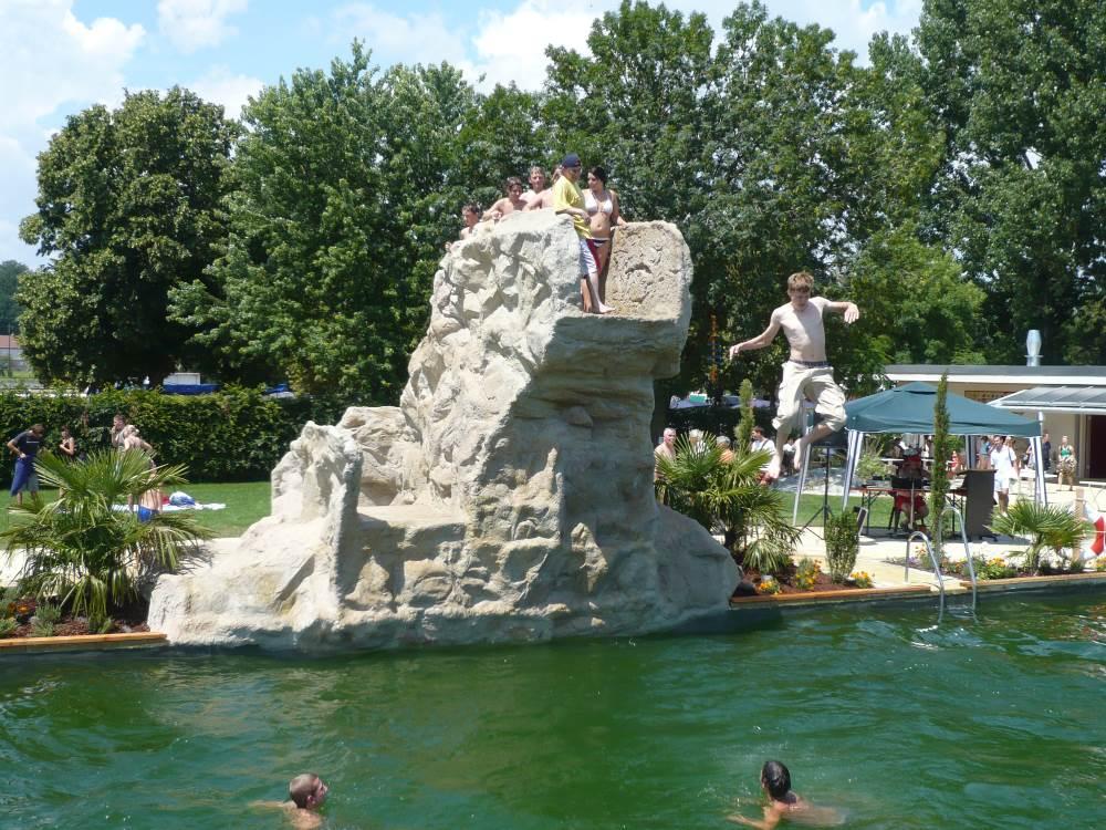 Kunstfelsen für Wasserwelten