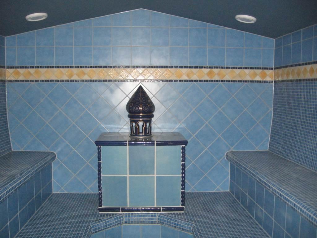 Sauna aus Kunstfelsen